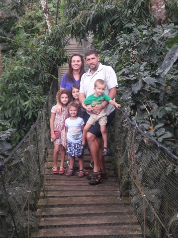 Family adventures in the Nicaraguan rain forest!